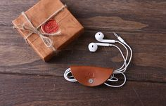 Personalized Headphone leather case / Earbuds pouch / by 3cobblers
