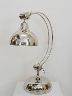 Tischlampe Stehlampe Industrielampe Bauhausstil aus vernickelten Metall (3863)