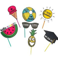 Photocall fin de curso- End of the year photo booth- ESPAÑOL-INGLÉS Hello Summer, Summer Sun, Letting Go, Let It Be, Beach, Last Day Of School, Funny Pics, Blanco Y Negro, Hilarious