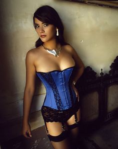Corset Royal Satin V1126 Vollers Corsets: http://www.korsett-corsage.net/product_info.php/products_id/875/language/en