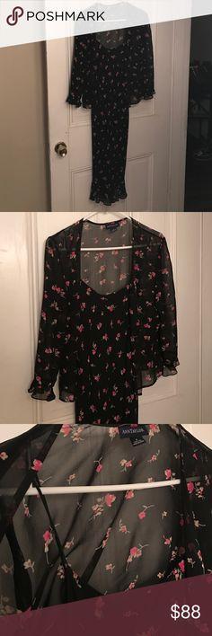 Floral print dress w/ matching sheer print top Fully lined floral print dress w/ matching sheer top. 100% Silk. Ann Taylor Dresses