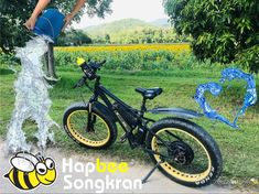 Happy Songkran Holidays. สวัสดีปีใหม่