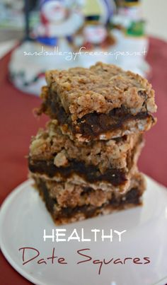 As some of you know, my mom moved in with us a few months ago. She is french Canadian and one of her favorite treats are date squares. Well, I couldn't have her first Christmas in her new hom…