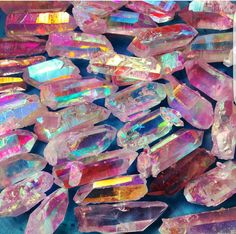 Feng Shui To Expand & Multiply Your Fortune! Feng Shui, Crystal Aesthetic, Cool Rocks, Crystal Magic, Minerals And Gemstones, Jewel Tones, Stones And Crystals, Gem Stones, Jewels