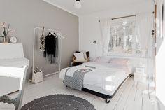 1900-luvun hirsitalo idyllisessä peltomaisemassa | Oikotie - Kotiin Bed, Furniture, Home Decor, Dreams, Decoration Home, Stream Bed, Room Decor, Home Furnishings, Beds