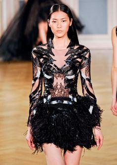 Can I please wear this Black Swan creation from Valentin Yudashki F/W 2012?!