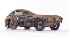 The 1949 Talbot Lago Grand Sport SWB par Saoutchik is among the rarest cars of all-time. Vintage Cars, Antique Cars, Car Barn, Auto Motor Sport, Rusty Cars, Abandoned Cars, Abandoned Vehicles, Abandoned Places, Barn Finds