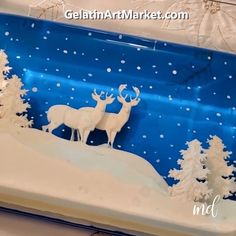 Discover new ideas on how to make beautiful gelatin desserts! Credit: Gelatin Art Market Store Discover new ideas on how to make beautiful gelatin desserts! Reindeer Cakes, Reindeer Food, Jelly Desserts, Dessert Recipes, Snack Recipes, 3d Jelly Cake, Jelly Jelly, Cake Decorating Videos, Food Decoration