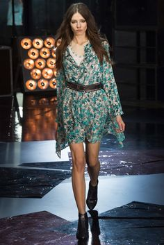Zadig & Voltaire Fall 2015 Ready-to-Wear Collection Photos - Vogue