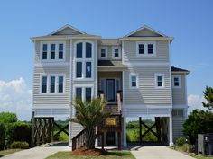 Holden Beach, NC - Marsh Landing 612 a 4 Bedroom Boulevard / Second Row Rental House in Holden Beach, part of the Brunswick Beaches of North Carolina. Includes Hi-Speed Internet