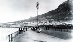 The Pier - Now a Proud Esplanade - in 1913 Old Photos, Vintage Photos, Antique Maps, Weird And Wonderful, Woodstock, Cape Town, Old Houses, Wonders Of The World, South Africa