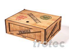 Gravure laser et découpe laser du bois avec les cutters laser Trotec Bordeaux, Trotec Laser, Gravure Laser, Laser Cutter Projects, Wooden Boxes, Laser Engraving, Toy Chest, Storage Chest, Decorative Boxes