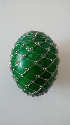 Vajíčka - nerez - začátky Art Floral, Christmas Bulbs, Holiday Decor, Eggs, Flower Art, Christmas Light Bulbs