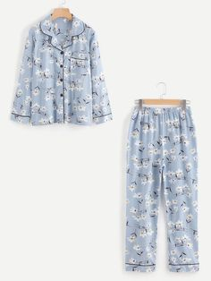 To find out about the Contrast Binding Calico Print Long Pajama Set at SHEIN, part of our latest Pajama Sets ready to shop online today! Cute Sleepwear, Sleepwear Women, Pajamas Women, Loungewear, Mens Pyjama Bottoms, Blue Fashion, Fashion Outfits, Fashion Women, Holiday Pajamas