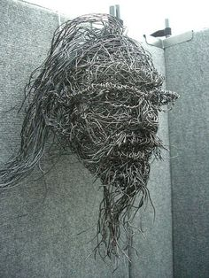 7 Amazing Diy Wire Art Ideas This is Art, not Mine nor yours, but It deserves to be seen...by everyone...Share it...