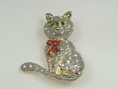 Vintage Swarovski Crystal Cat Pin/Brooch