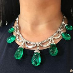@champagnegem.  #QueenMoment when I had this @bulgariofficial magnificent and luscious drops of Colombian Emeralds around my neck, sold at @sothebys Geneva magnificent and noble jewels