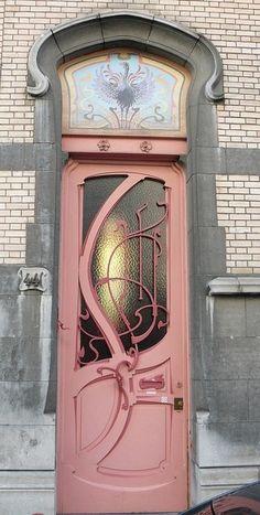 Cool door design in pink