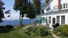 Beautifully Restored Farmhouse On Lake Champlain