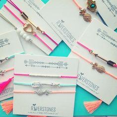 Diy Bracelets Easy, Wish Bracelets, Bracelet Crafts, Handmade Bracelets, Jewelry Crafts, Handmade Jewelry, Hippie Jewelry, Cute Jewelry, Beaded Jewelry