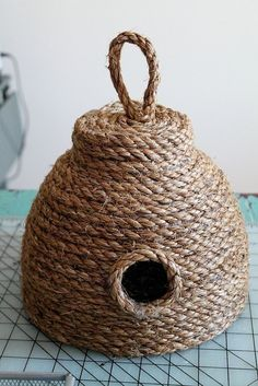 Bee decor and vintage bee hive home decorating. Shop for bee and beehive jewelry, beehive art and home decor and other handmade vintage bee goods for your little hive. Rope Crafts, Diy And Crafts, Arts And Crafts, Decor Crafts, Sisal, Bee House, Bee Skep, Jute, Idee Diy