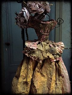 Paper Shoes, Fairy Clothes, Paper Dresses, Doll Dresses, Found Art, Fairy Dress, Assemblage Art, Glitz And Glam, Dress Form