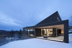 Villa Vingt by Bourgeois / Lechasseur Architects in Lac Beauport, Canada Residential Architecture, Modern Architecture, Ultra Modern Homes, White Cedar, Floor To Ceiling Windows, Built Environment, Modern House Design, Contemporary Design, Modern Farmhouse