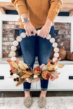 Thanksgiving Decorations, Halloween Decorations, Seasonal Decor, Fall Decorations For Outside, Table Decorations, Rustic Thanksgiving, Harvest Decorations, Thanksgiving Wreaths, Diy Décoration