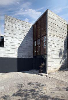 *architecture, concrete, design* - H24 House / R Zero Studio | concrete form detail