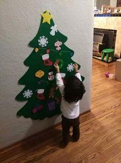 Este conjunto incluye: 1 árbol grande (verde regular u oscuro verde) 20 adornos  Elegir 20 adornos: Mini árbol de Navidad, campana, copo de nieve, media (con una letra en el medio), muñeco de nieve, Santa, hombrecito, caja de regalo (4 colores), estrella, luz de Navidad, bolas de adorno (3 colores), guirnalda, holly o renos.  ** Por favor mi mensaje sus 20 ornamentos después de Agregar esto al carro **  Con el fin de evitar el pago de dinero extra para gastos de envío, compruebe…
