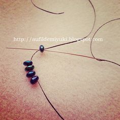 Au fil de Miyuki: Twin beads ! TUTO collier twin beads... version peyote tubulaire :) Twin Beads, Earring Tutorial, Beaded Earrings, Washer Necklace, Twins, Beadwork, Jewelry, Diy, Holy Ghost
