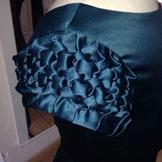 Nørder med mit håndværk :) #handmade #fashion #dressmaker  #patterndesigns #fragment