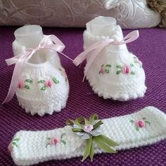 Ref – Stricken sie Baby Kleidung Handmade Baby Clothes, Knitted Baby Clothes, Baby Hats Knitting, Knitting For Kids, Baby Knitting Patterns, Crochet For Kids, Baby Patterns, Knitting Projects, Crochet Baby Boots