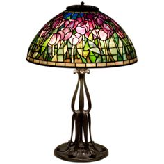 1stdibs.com | Tiffany Studios Tulip Table Lamp