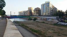 #StreeArt #ArteUrbano #Málaga #MAUS Pasarela intervenida en el río Guadalmedina