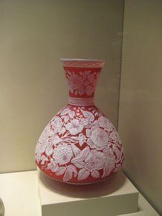 Vase    1885 - 90  England, Stourbridge