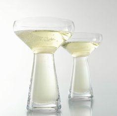 Verre en verre soufflé OFFRANDE Collection Offrande by ROSET ITALIA   design Pascal Mourgue