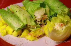 Крабовые рулетики с сальсой из манго