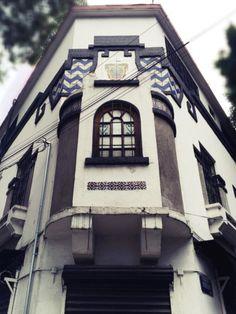 Huichapan y Álvaro Obregón 1934. Colonia Condesa México DF Edificio departamentos estiló Deco neocolonial