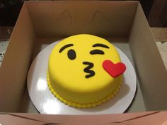 Emoji cake.. you could easily do this with buttercream frosting. So cute. Click to check it out. (Fun Birthday Cakes Buttercream Icing)
