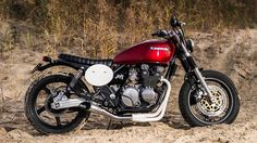 "Kawasaki Zephyr 550 ""flattrack bike"" by Roy Holtman"