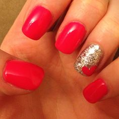 i love this! So great for Valentines day or just a day you wanna have some cute nails :)