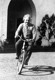"""""""Life is like riding a bicycle. To keep your balance, you must keep moving"""" - Albert Einstein. """"I thought of that while riding my bicycle"""" – Einstein on Relativity Albert Einstein Poster, Albert Einstein Photo, Young Albert Einstein, Velo Retro, E Mc2, Science, Vintage Bicycles, Life Is Like, Historical Photos"""
