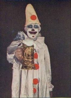 21 Vintage Clown Photos That Will Make Your Skin Crawl | 21 Vintage Clown Photos That Will Make Your Skin Crawl