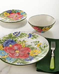 H8B5L  12-Piece Florant Dinnerware Service