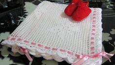 Copertina bianca con farfalle e scarpette in cotone