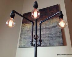 Artículos similares a Industrial Steampunk Floor Lamp w/ Bronze Light Sockets [Edison Bulbs Sold Separately] en Etsy