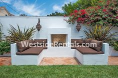 Houses in West Hollywood - 3 bedrooms, 2 Baths, $7000