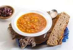 Φασολάδα χειμωνιάτικη-featured_image Kai, Cypriot Food, Greek Beauty, Food Categories, Greek Recipes, Chana Masala, Crackers, Sweet Home, Rolls