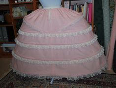 Pink Striped & Cream Lace Grand Pannier tuto step by step sur http://starlightmasquerade.com !!!